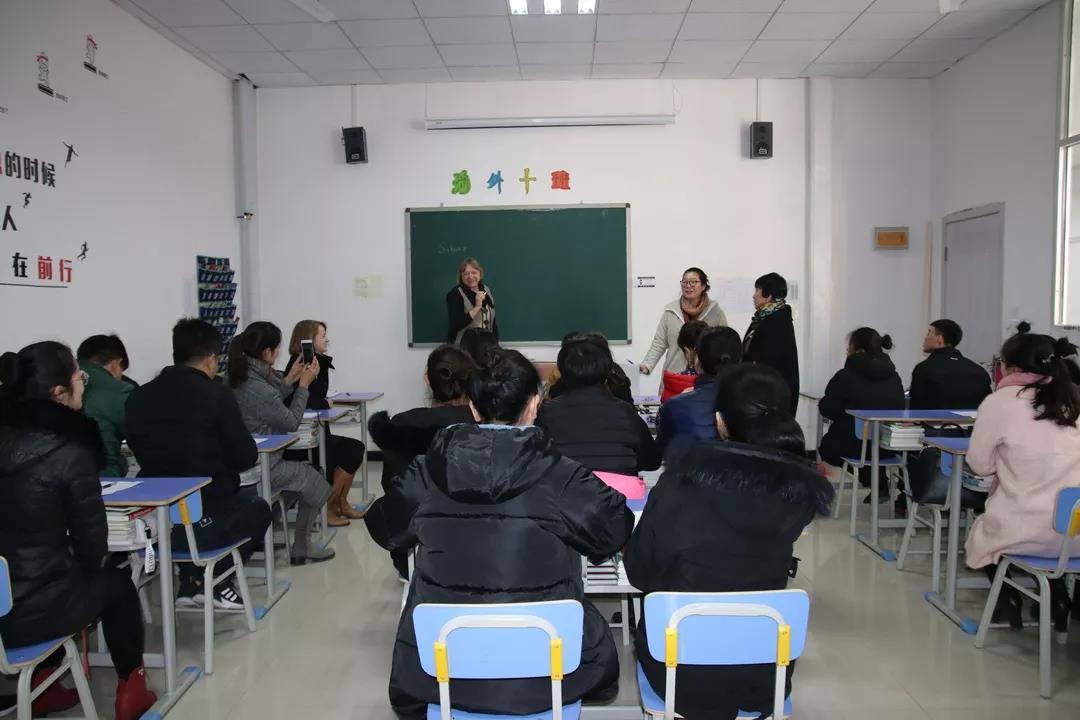 德国护理学校校长访问石家庄白求恩医学院
